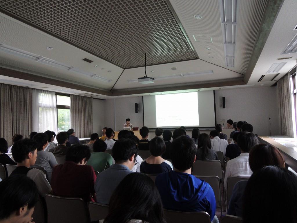 日本建築学会九州支部建築計画委員会主催の研究交流会の様子