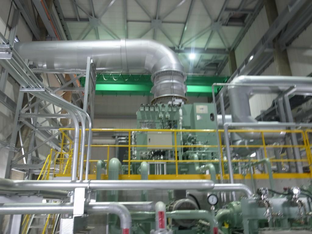 図2:真庭市バイオマス発電所。1万KWを発電中。2万2千戸分の電力を賄える。