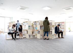 建築学科の実践的教育に取り入れた高専図書館情報センターリニューアル