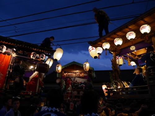 毎年5月3日の青梅大祭は15万人が来街する