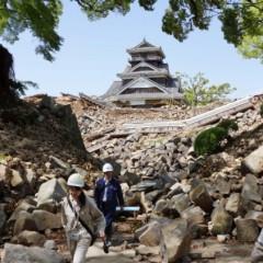 熊本地震後の熊本城と多くの文化財建造物
