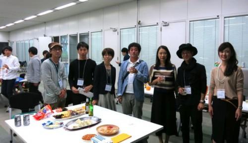 研究室15周年の同窓会(右から3番目が筆者)