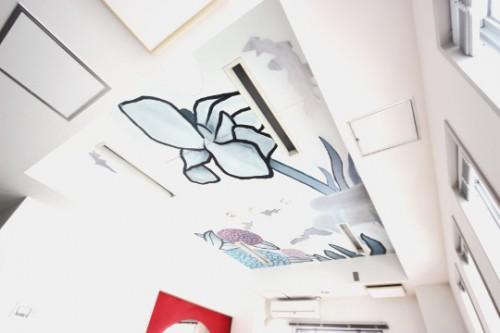 リビングの天井画(明月院に咲く花)