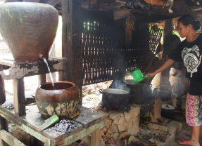 生命力ある生活と空間を求めて~インドネシアの学生、アトリエ、慣習村事情~